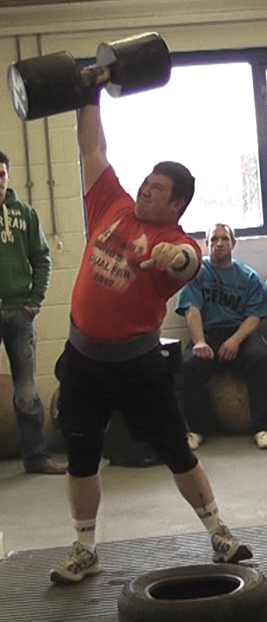 Dhanni Moar lifts a 75kg dumbell