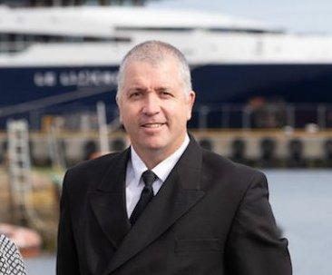 Lerwick Port Authority's chief executive Sandra Laurenson with her successor designate Calum Grains.